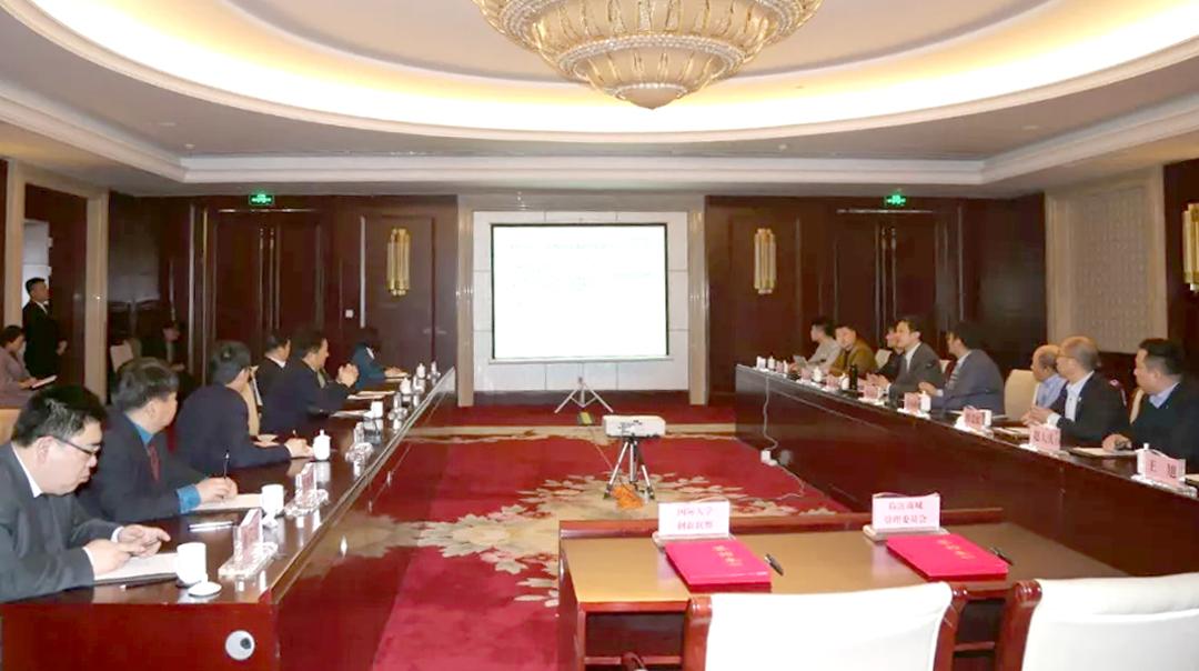 临沂商城管委会商谈合作框架04.jpg